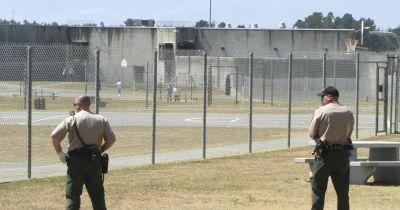 Unusual mass attack injures 8 California guards, 7 inmates