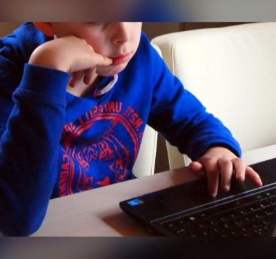 Central Iowa Schools Providing Wi-Fi Options to Students Learning From Home