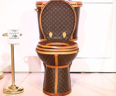 The Louis Vuitton toilet is the first-class way to poop