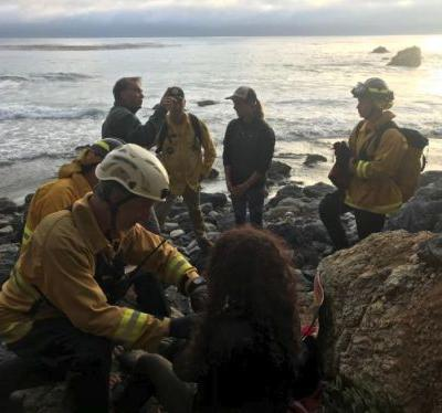 Missing Oregon woman found after car plunges off Big Sur cliff