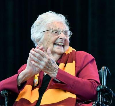 Opinion: As Loyola's Sister Jean turns 100, she continues to be example of life well lived