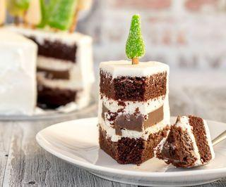 Dark Larry Cake With Chocolate Filling