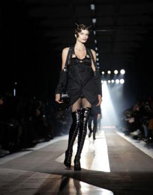 Fetishism and gender-fluidity at Moschino's AW18 menswear show