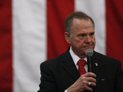 Trump, Obama weigh in as Roy Moore, Doug Jones fight to the finish in Alabama