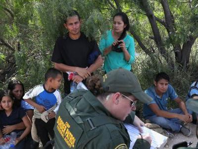 A former ICE director warns Trump's 'zero-tolerance' policy could create 'thousands of immigrant orphans'