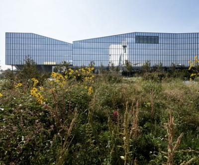 Symbiosis Masterplan and Fastweb Headquarters / Antonio Citterio Patricia Viel