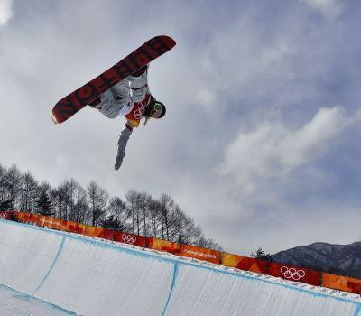 The 15 best photos from Chloe Kim's dominating gold medal performance in the ladies' halfpipe
