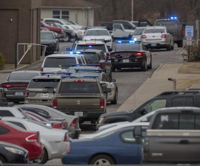 At least 2 students killed, 19 injured in Kentucky high school shooting