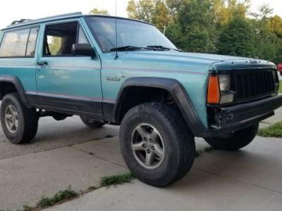 My Beloved 'Project Swiss Cheese' Died to Give Life to This Two-Door 1995 Jeep Cherokee