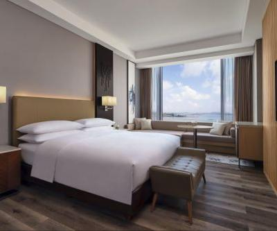 Marriott Hotels Brand Debuts in Indonesia's Popular Resort Island With Opening of Batam Marriott Hotel Harbour Bay
