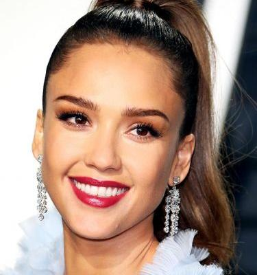 Hands Down: These Are Jessica Alba's Best Makeup Looks