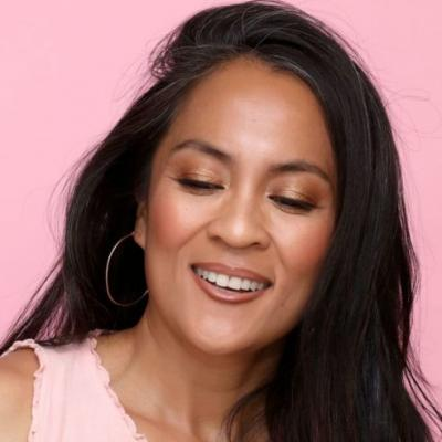 Peachy Golden Brown Cheeks and Eyes With a '90s-Style Lip throwbackthursday