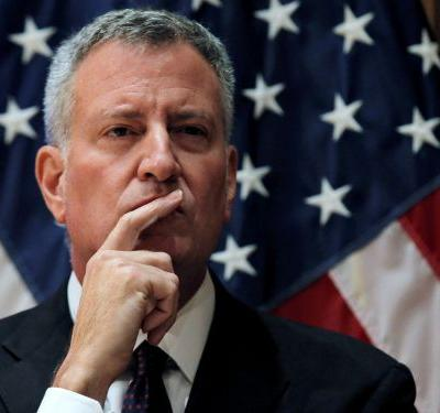 Hardly any Democrats thought Bill de Blasio could win the presidency. Here's what his exit means for the rest of the 2020 contenders