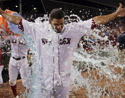 Red Sox win with walk-off single against White Sox