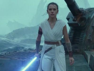 The Final Trailer For STAR WARS: THE RISE OF SKYWALKER Explodes With Excitement