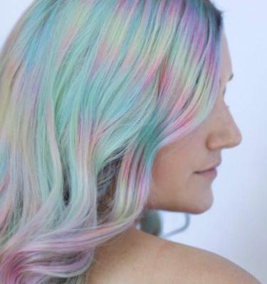 """Color Misting"" Is the New Technique Behind This Mesmerizing Rainbow Hair"