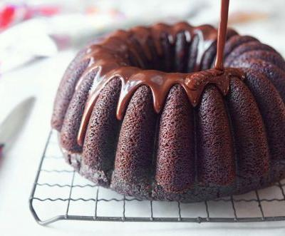 Chocolate Fudge Bundt Cake: Year of the Bundt