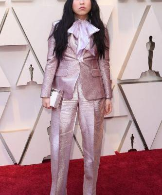 Awkwafina's Head-to-Toe Pink 2019 Oscars Ensemble Is Cooler Than You Ever Could Imagine