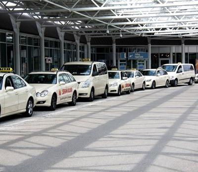 The hidden benefits of a taxi service when travelling