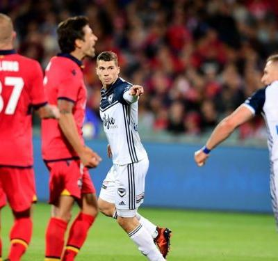 Adelaide United 2 Melbourne Victory 2: Austin pegs back United after Lia double