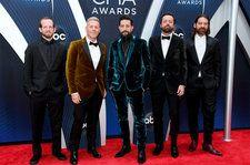 Old Dominion on Winning Vocal Group of the Year at 2018 CMA Awards: 'It's Very Validating'