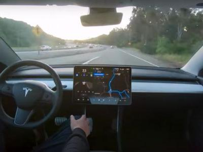 """Aggressive Tesla Autopilot Mode With """"Slight Chance Of A Fender Bender"""" Apparently Coming"""
