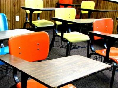 Ohio superintendent suspended for pulling down board VP's pants