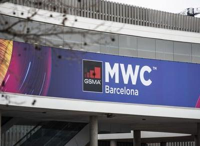 Digital Trends Live: MWC cancellation, fact-checking Facebook, and more