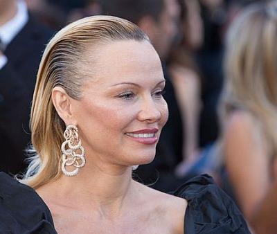 Pamela Anderson Confesses Why She Always Breaks the Number One Skin Care Rule