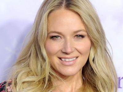 Jewel To Host Wellness Your Way Festival, Gushes Being 'A Whole And Happy Human' Is A Great Treasure