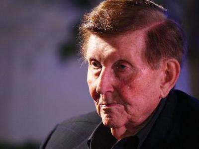 Media Titan Sumner Redstone, Billionaire Who Led ViacomCBS, Has Died