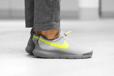 """The Nike Aptare Gets Even More Futuristic With """"Wolf Gray/Volt"""" Colorway"""