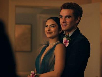 The Tweets About Archie & Veronica's Breakup In 'Riverdale' Season 5 Are So Emo