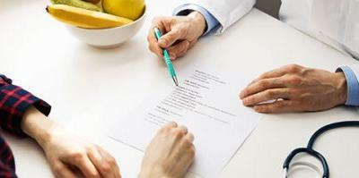 What's the Difference Between a Dietitian and Nutritionist?