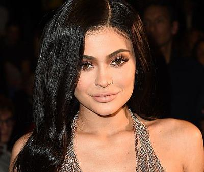 Kylie Jenner's New Hair Color For Her 21st Birthday Is Far From Your Typical Blond