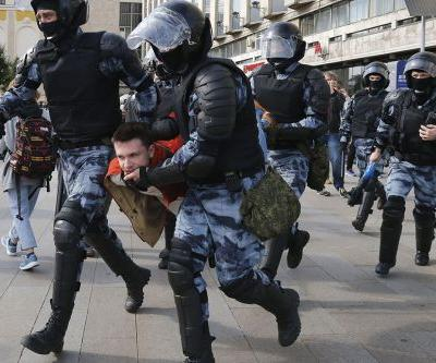 Hundreds detained at latest political protest in Moscow