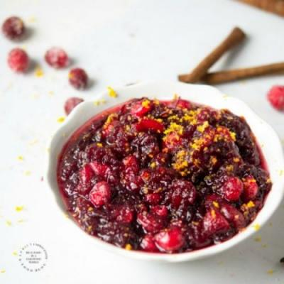 The Easiest & Best Cranberry Sauce