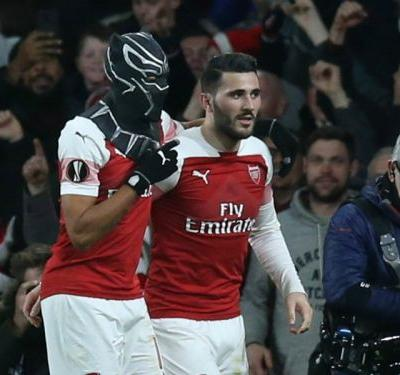 Arsenal 3 Rennes 0 : Aubameyang brace sends Gunners through