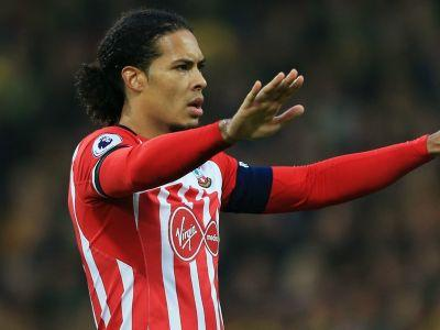 'Players hold all the power' - Van Dijk tipped to force Liverpool move by Aldridge