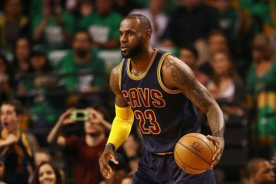 LeBron James: 'I Didn't Go Bald Like Mike'