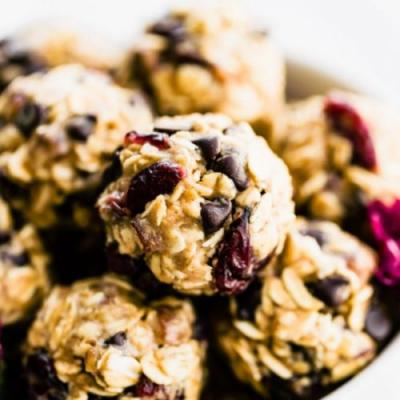 No Bake Oatmeal Cookie Energy Bites