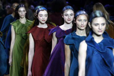 Must Read: How Global Fashion Weeks Are Changing, Pat McGrath Relaunches Cult Product