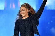 Beyonce Wears Yeezy, Implying the Carters & Wests Have Squashed Their Beef
