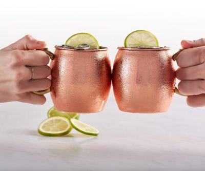 California Pizza Kitchen's $5 Irish Mule For St. Patrick's Day 2019 Is A Tasty Deal