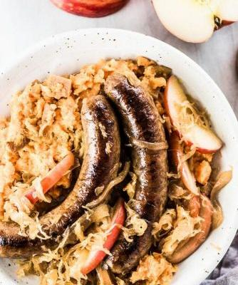 Sauerkraut and Apples with Bratwurst