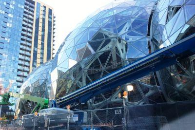 Seattle Week in Review: 100k to AMZN, MSFT's Olympia Agenda, VC Stats