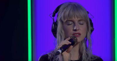 """Here's Paramore With a Balmy Cover of Drake's """"Passionfruit"""""""