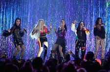 Salt-N-Pepa Bring the '90s Back With a Fun-Filled Medley at the 2018 Billboard Music Awards