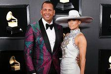 See the Best Fan Reactions to Jennifer Lopez & Alex Rodriguez's Engagement