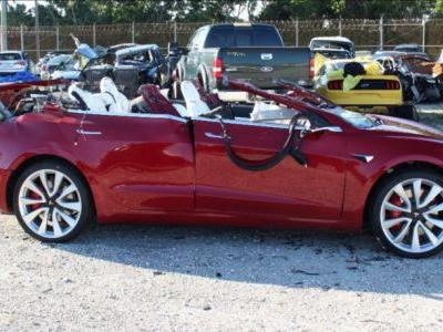 Feds: Autopilot was active during deadly March Tesla crash